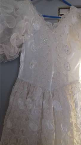 Wedding dress R150