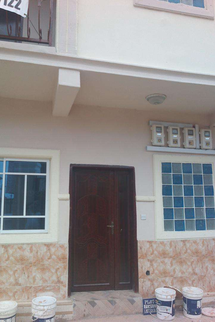 Standard mini flat at new site off Navy gate Alakija Satellite town 0
