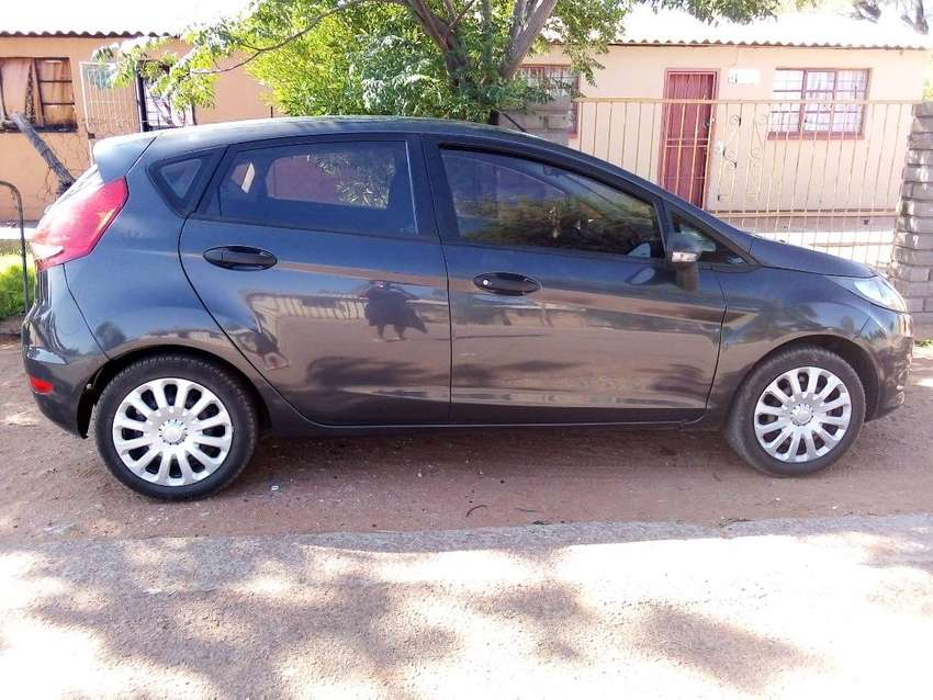 2012 ford fiesta electricWindows ,light on fuel,power steering,aircon 0