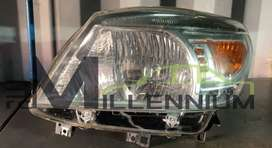 Ford Everest 2011 right headlight (second hand)