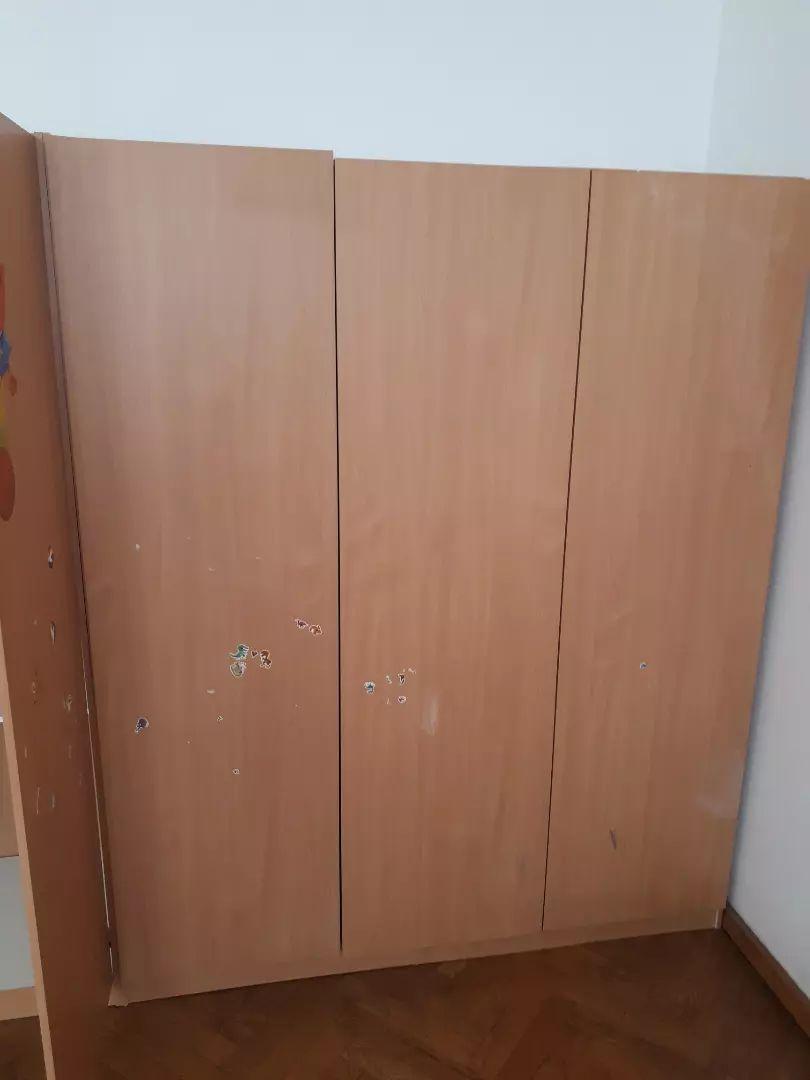 Garderobni omari 0