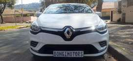 RENAULT CLIO 4 TWO DOOR IN EXCELLENT CONDITION WITH SPARE KEYS