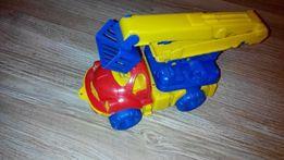 Продам іграшкову машинку