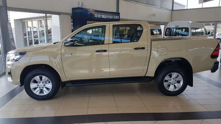 2019 New Facelift Toyota Hilux 2.4 GD6 RB SRX 6AT Double Cab 0