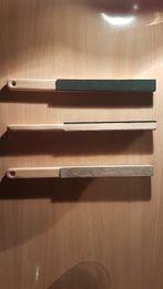 Дощечка для правки режущей кромки ножей, ножниц и других инструментов