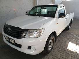 ~2013 Toyota Hilux 2.5D4D LWB S/C-Full service history wit Toyota