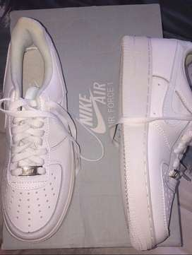Nike air force 1 white size 6-7