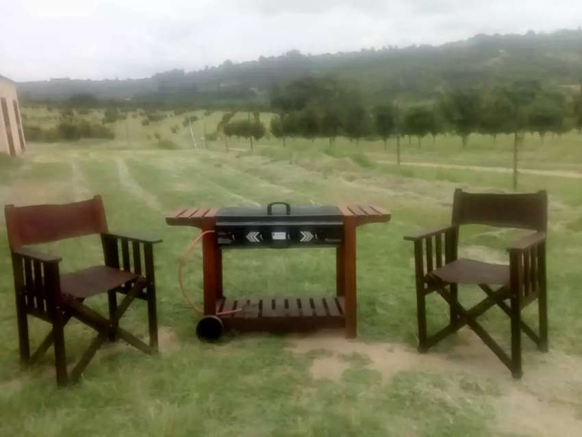 Wood Patio Braai with 2 x Leather Directors chairs 0