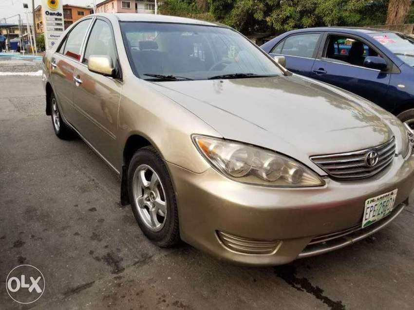Clean Toyota Camry 0