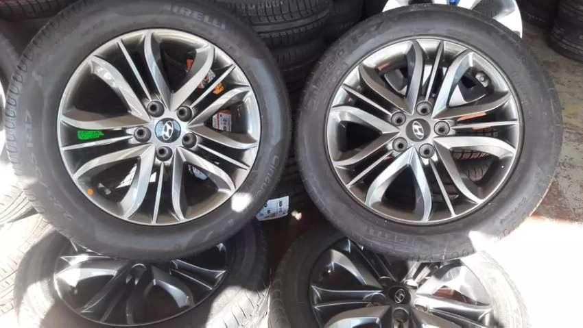 Original set of 17 inch Hyundai & Kia mags with tyres for sell