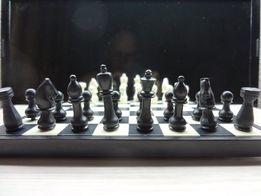 шахматы дорожные СССР . 8 фото .