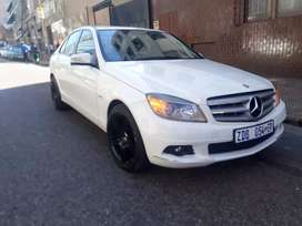 Mercedes Benz C180 R100 000 Negotiable