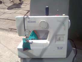 Empisal sewing machine Em-250 very nice condition with accessories R10
