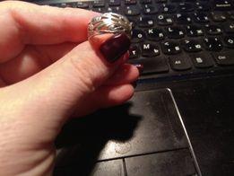 Серебряное колечко кольцо ; размер 18; 300 рублей