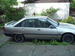 Opel Omega A nadwozie sedan