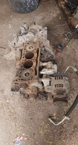 Renault Scenic 2 or Megane 2 1.9dci Engine Stripping For Spares