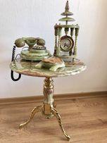 Продам набор из оникса (триптих): столик, телефон, Часы.
