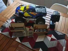 1/10th 4WD Electric Power R/C Monster Truck
