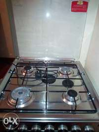4 Burner Gas cooker, Grill and Oven 0