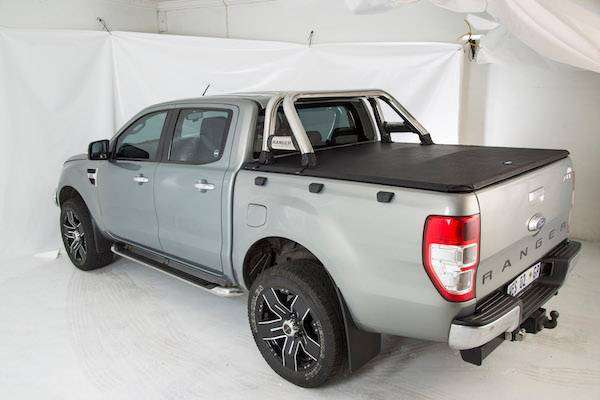 tonneau cover for 2014 ford ranger dubble cab bakkie to fit rollbar 0