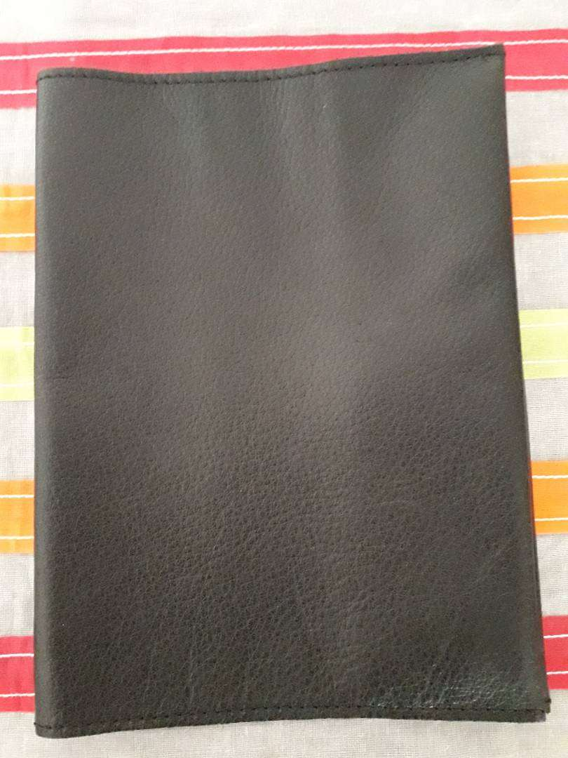 Genuine leather Bible slip cover 0
