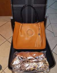 Image of tory burch handbag & purse R450