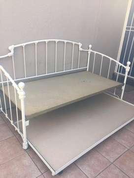 3 in 1 day bed