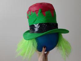 Cylinder Kapelusznika z zielonymi włosami zły szalony Kapelusznik