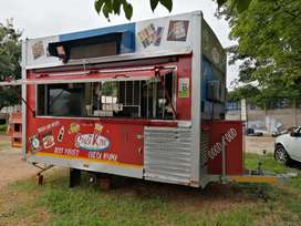 MOBILE KITCHEN SPAZA . FULLY CATERING EQUIPPED & READY . 220V/ etc...