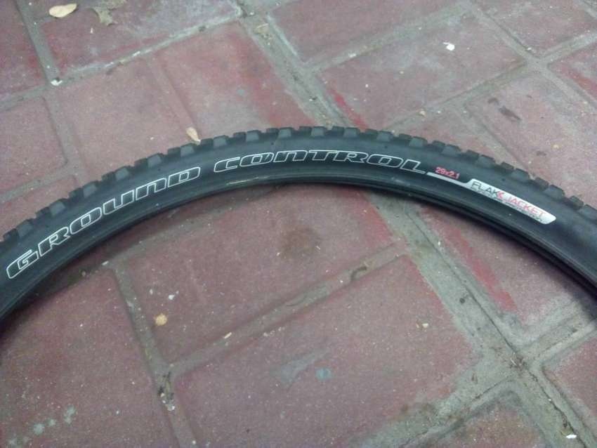 3 second hand MTB tyres 0