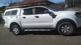 FORD RANGER 2.2 SIX SPEED DOUBLE CAB WITH CANOPY