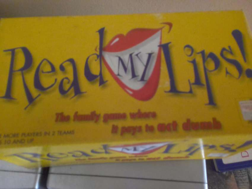 Read my lips card game 0