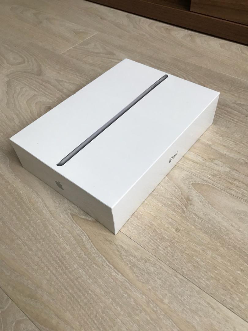 Ipad 6th Generation 128GB WiFi Space Grey NOVÝ 0