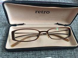 Okulary korekcyjne z antyrefleksem, oprawki, oprawki do okularów