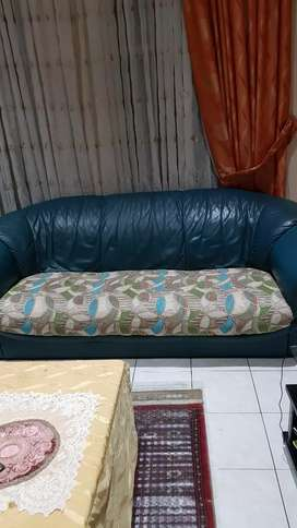 6 piece leather and fabric lounge suite