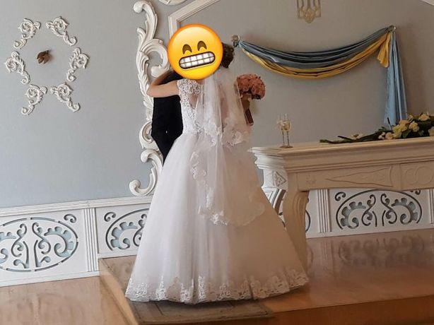 Продам красивое свадебное платье Запорожье - изображение 2