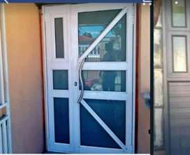 alliminum sliding doors and windows for sell