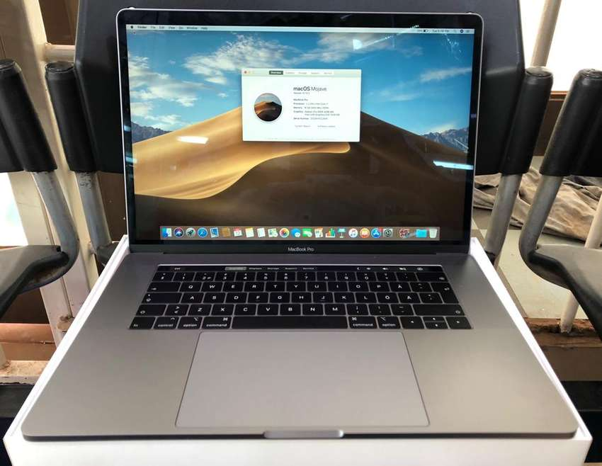 15 inch MacBook Pro Retina Display TouchBar BOXED NEW 0
