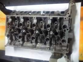 BT 50 2.2 cylinder head complete