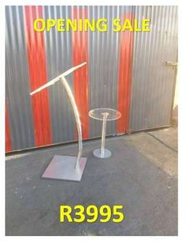 Single Bended Pole Steel Podiums with Side Table