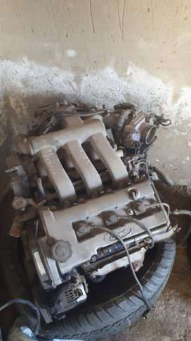 Ford telsta or mazda 626 2.5L engine for sale