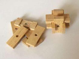 drewniana układanka zręcznościowo-logiczna