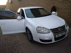 VW Jetta 5 available for sale