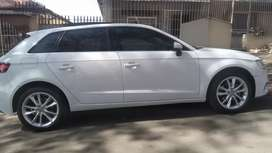 AUDI A3 SPORTSBACK WITH SUN ROOF, AUTOMATIC