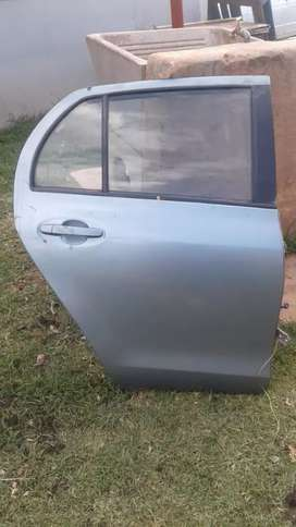 Toyota yaris rear doors left and Right