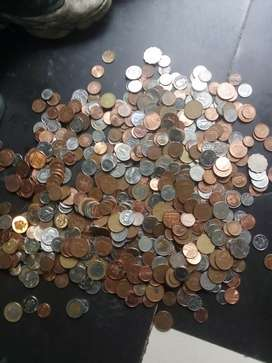 I'm selling overseas coins