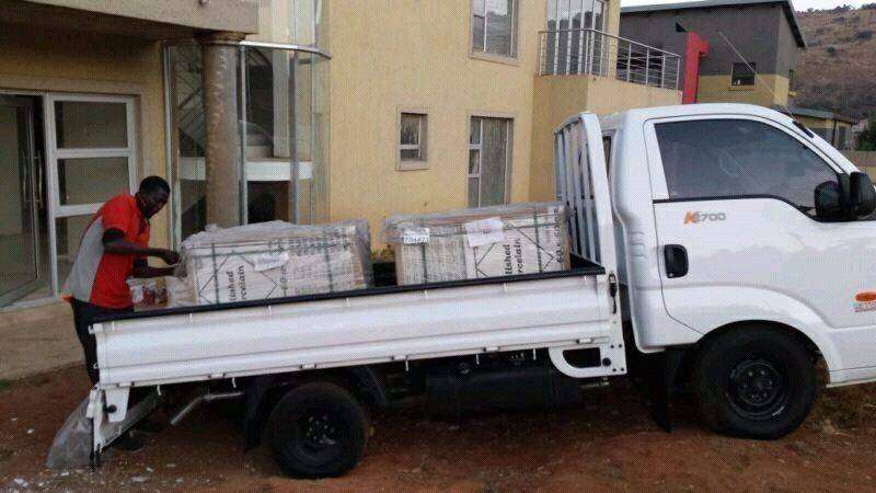 Bakkie and truck for hire in and out of Port Elizabeth Area 0