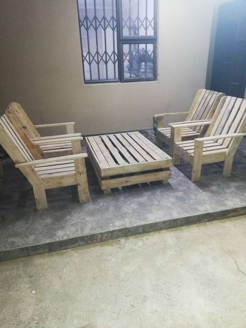 Wooden pallets, chairs
