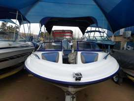 Carrera 170 with 115hp Johnson outboard motor