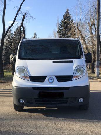 Продам Renault Trafic Extra 2013 год